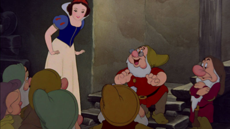 Funday - 14 Times Snow White And The Seven Dwarfs Were Just Like You And Your Family! - Thumb