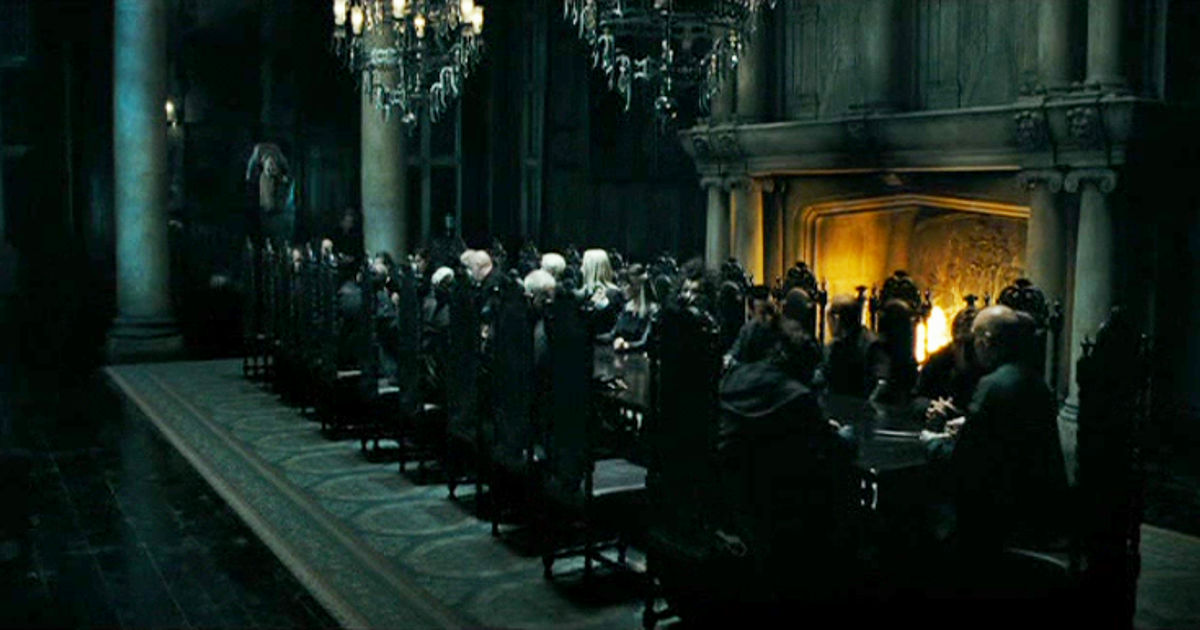 Harry Potter - 11 Reasons We Secretly Wanted To Join Voldemort And The Death Eaters!  - 1001