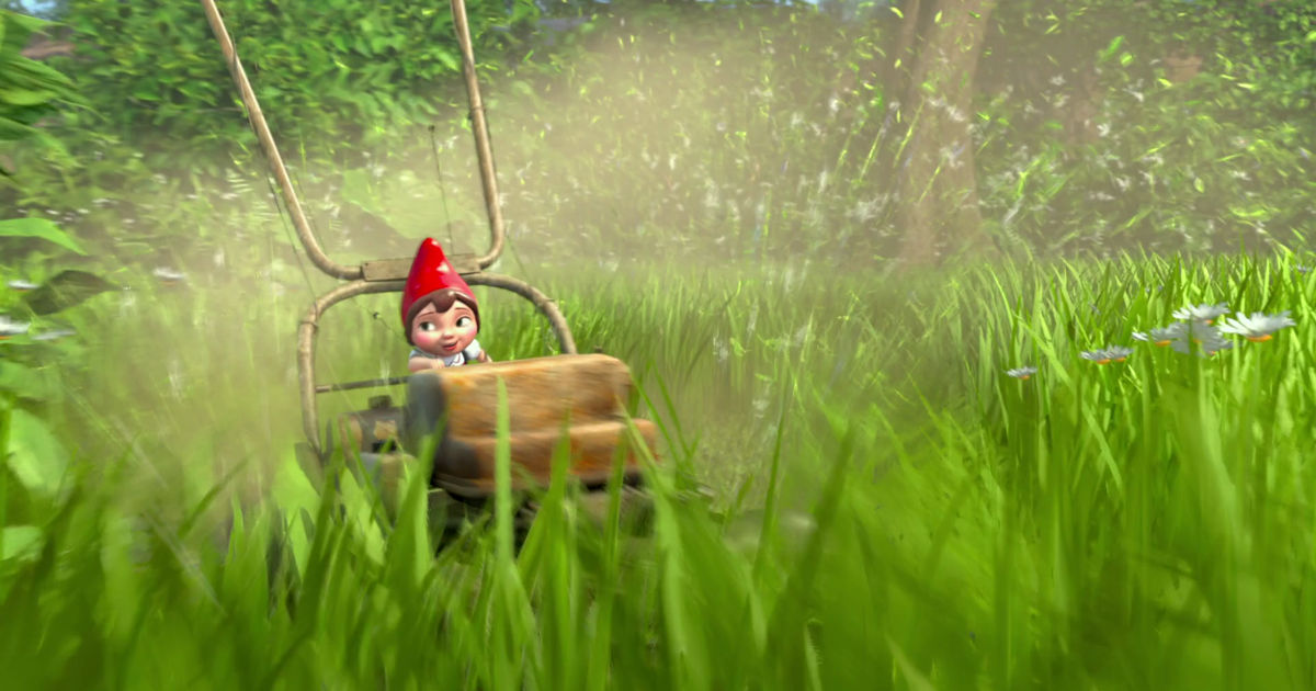 Funday - 10 Struggles Of Being A Tiny Person, According To Gnomeo And Juliet! - 1006