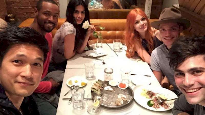 Shadowhunters - Mundie Monday: How the Shadowhunters Cast Spent the 4th of July  - Thumb