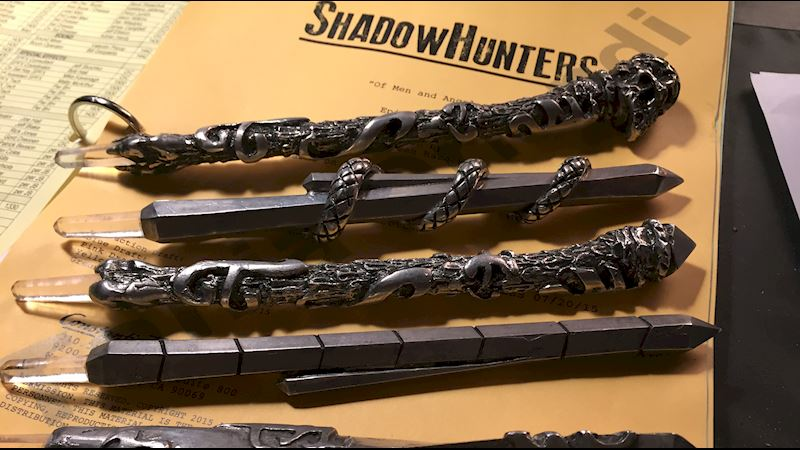 Shadowhunters - [Poll] Who Has The Best Stele? - Thumb
