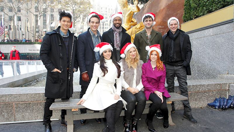 Shadowhunters - The Most Festive Feels From Your Favorite Shadowhunters! - Thumb