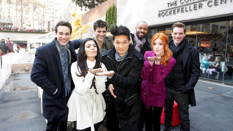 Shadowhunters - [QUIZ] A Shadowhunters  Christmas Day: Which One Are You Having? - Thumb