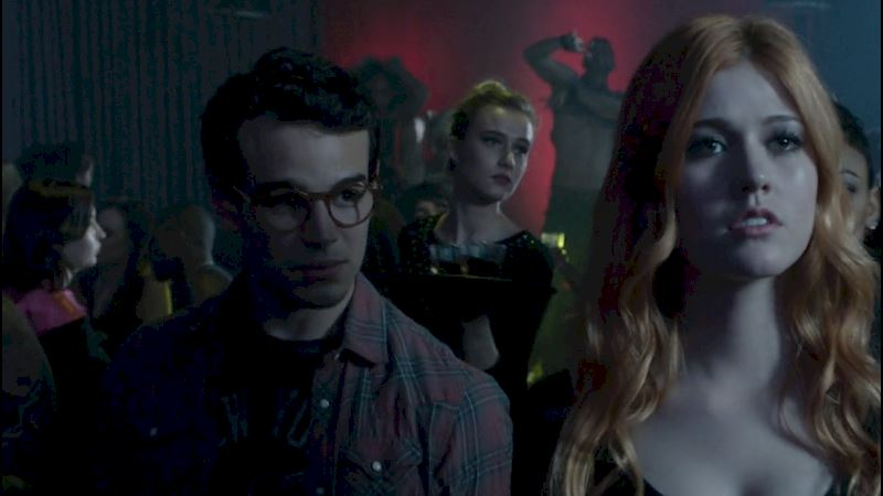 Shadowhunters - The Music of Shadowhunters: From the Exclusive Sneak Peek! - Thumb