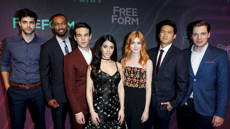 Shadowhunters - The Shadowhunters Cast Were Reunited At The Freeform Upfronts! - Thumb