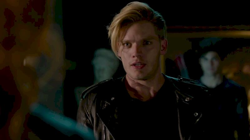 Shadowhunters - 40 Reasons You Need Jace As Your Bodyguard! - Thumb
