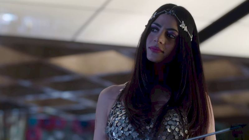 Shadowhunters - Sudden Death Challenge! Can You Guess The Episode From The Photo? - Up Next Thumb