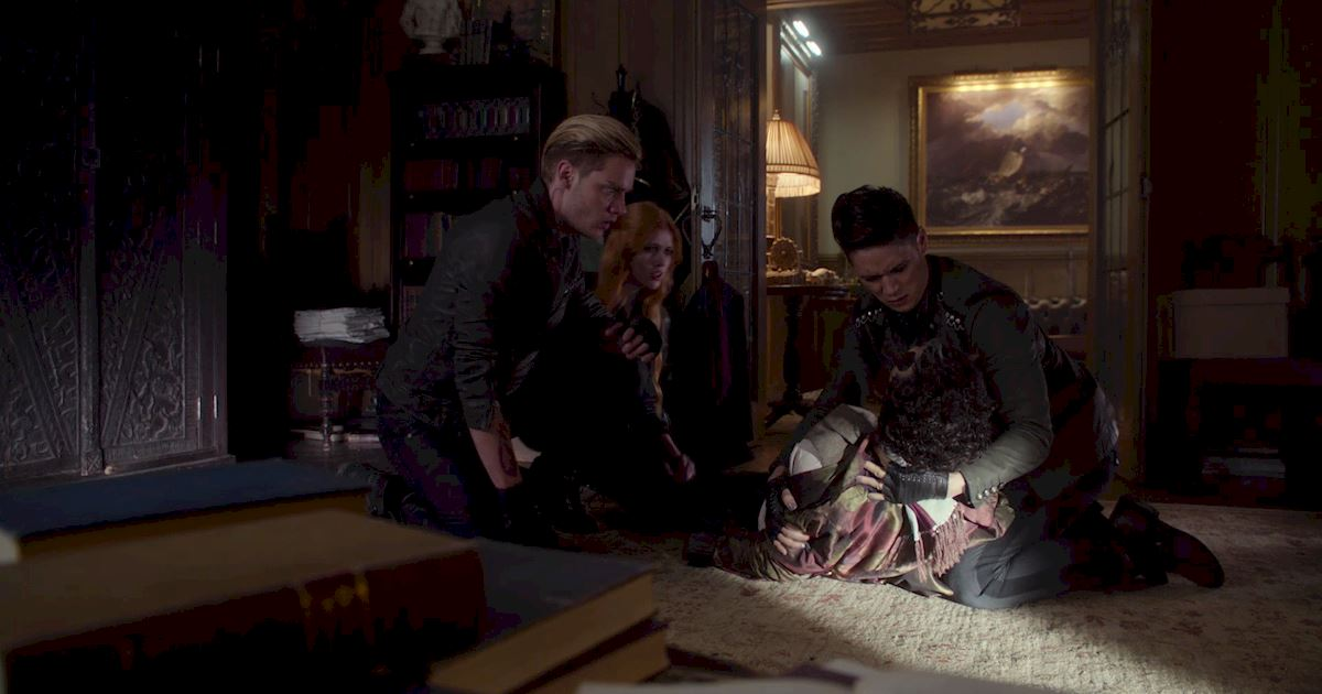 Shadowhunters - 13 Terrifying Shadowhunters Moments To Celebrate Friday The 13th! - 1004