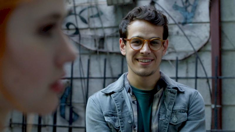 Shadowhunters - [VIDEO] Getting Up Close And Personal: Simon Lewis - Thumb