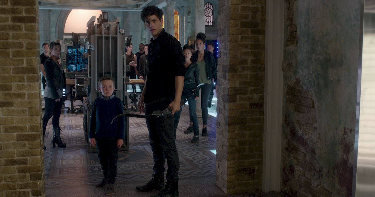 Shadowhunters - 36 Reasons To Love Alec Lightwood Even More Than You Already Do! - 1021