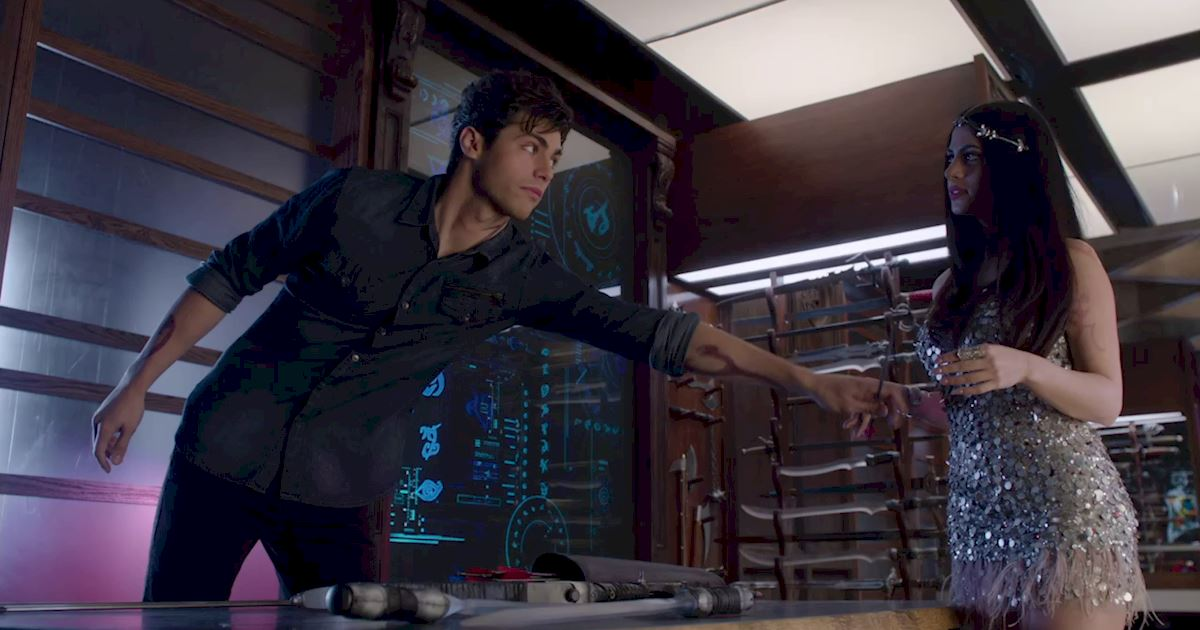 Shadowhunters - 36 Reasons To Love Alec Lightwood Even More Than You Already Do! - 1010