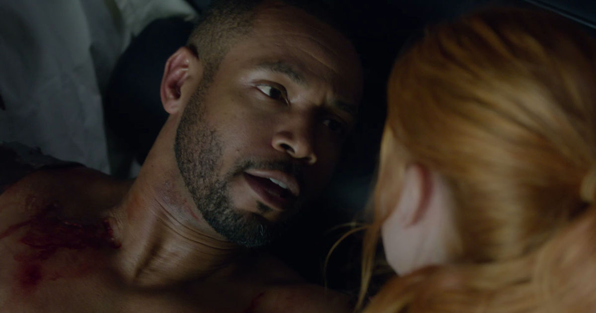 Shadowhunters - 19 Reasons Clary Was So Lucky To Have Luke As Her Dad! - 1011