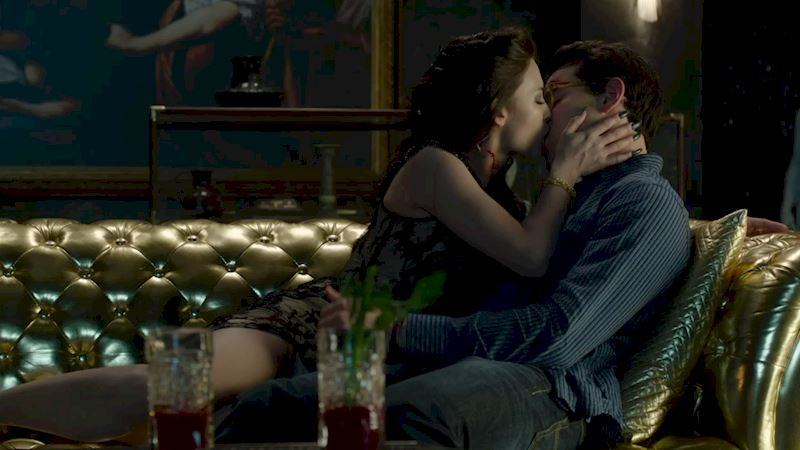 Shadowhunters - [GIFs] 11 Ridiculous Things We All Do When We're Out (Maybe) - Thumb