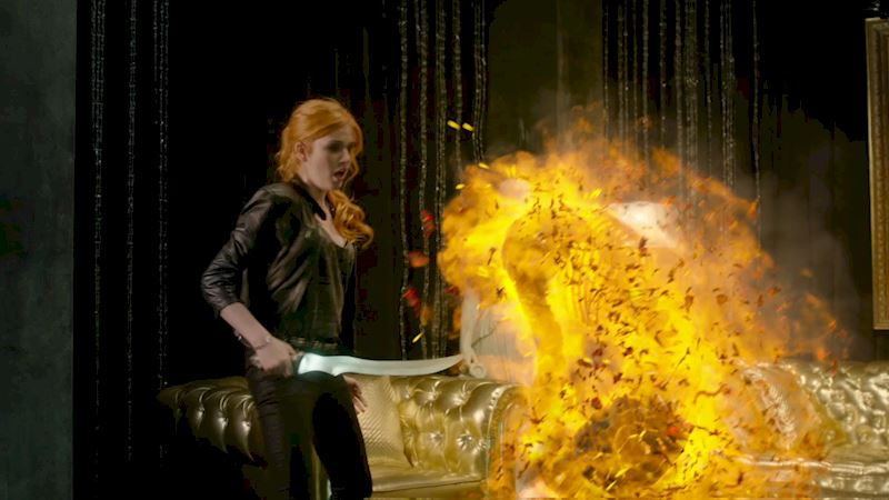 Shadowhunters - [POLL] Who Had The Best Vamp Slaying Skills In Episode Three? - Up Next Thumb
