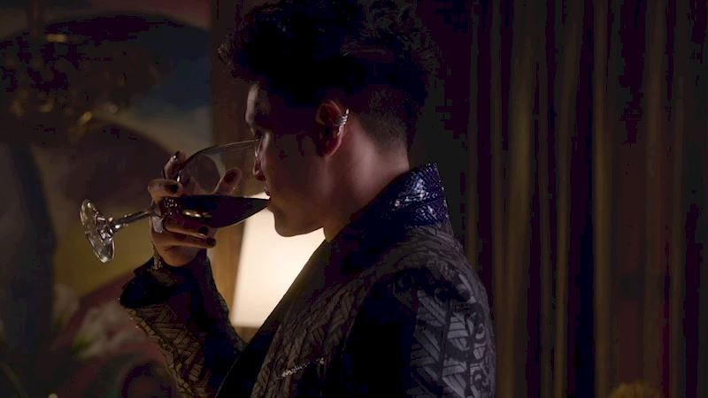 Shadowhunters - 16 Things You Have All Definitely Done At Work! - Thumb