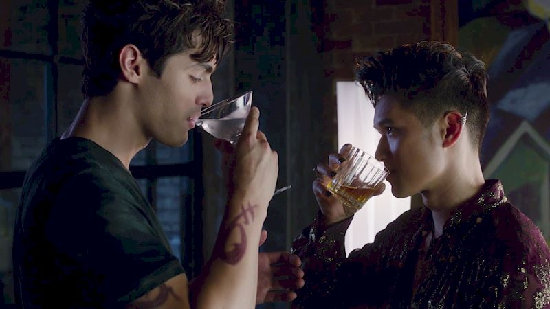 """Shadowhunters - Episode 106: """"Of Men and Angels"""" Official Recap - Up Next Thumb"""