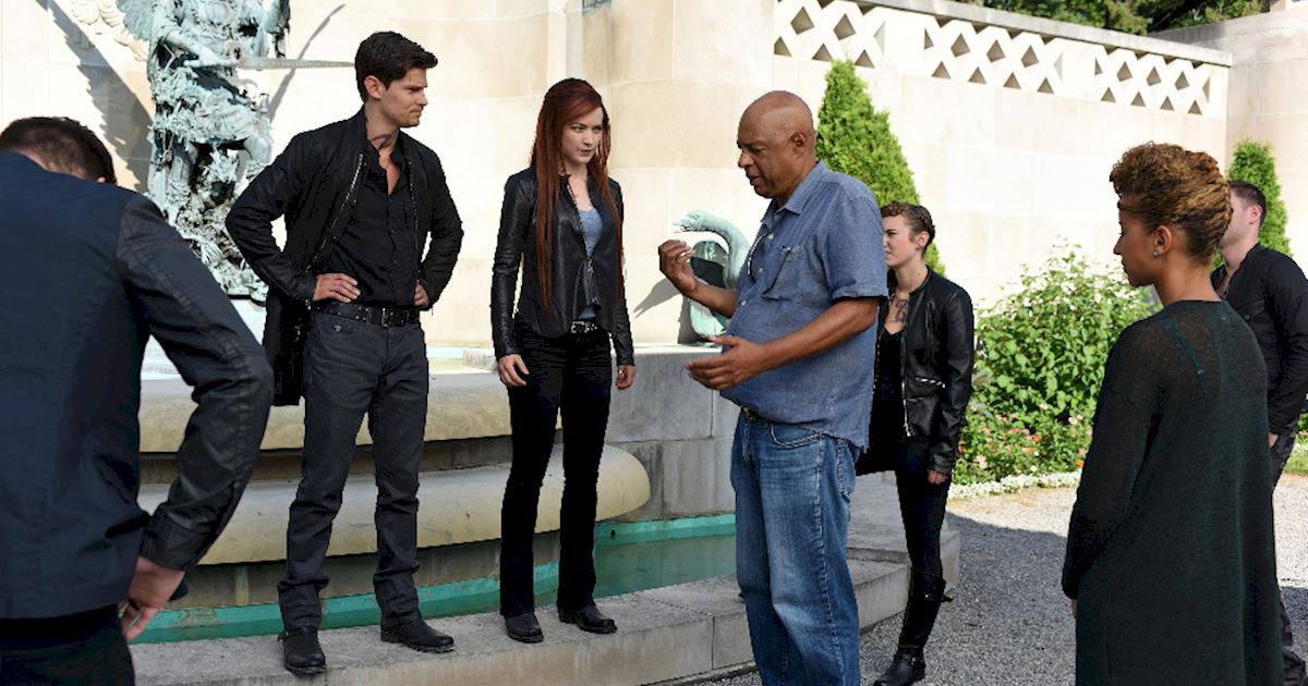 Shadowhunters - [PHOTOS] Episode 106: See How The Shadow World Was Brought To Life - 1001