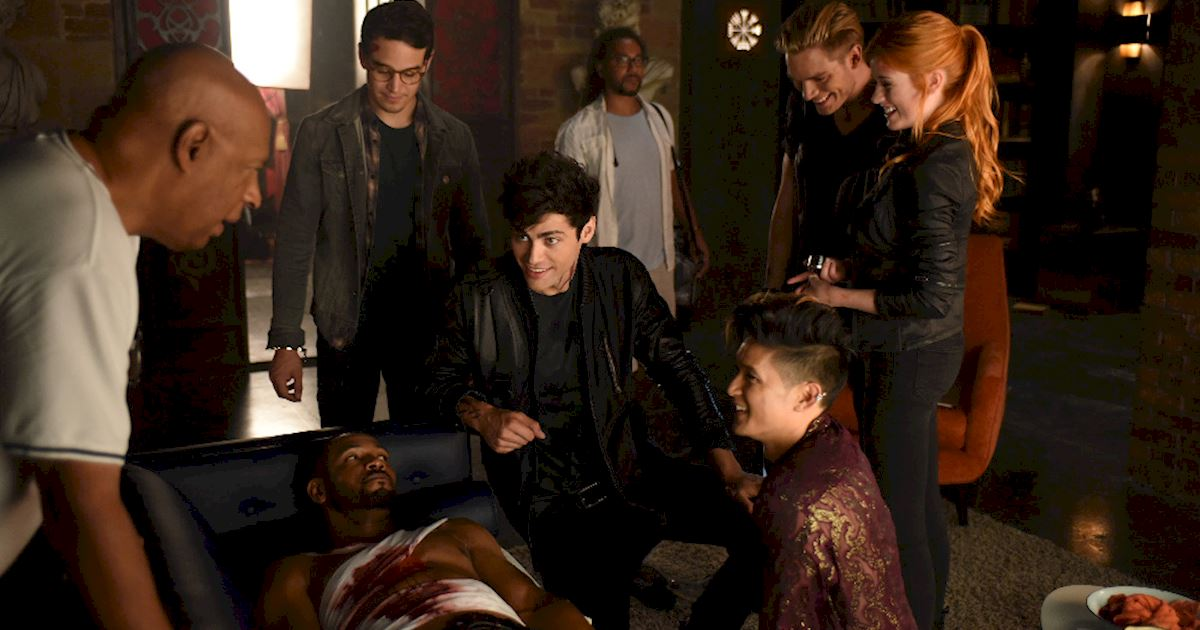 Shadowhunters - [PHOTOS] Episode 106: See How The Shadow World Was Brought To Life - 1003