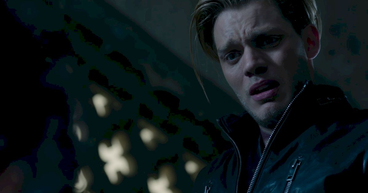 Shadowhunters - Episode 9: 30 Magical Moments You Might Have Missed! - 1036