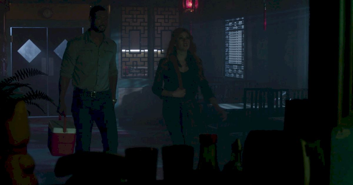 Shadowhunters - Episode 9: 30 Magical Moments You Might Have Missed! - 1014