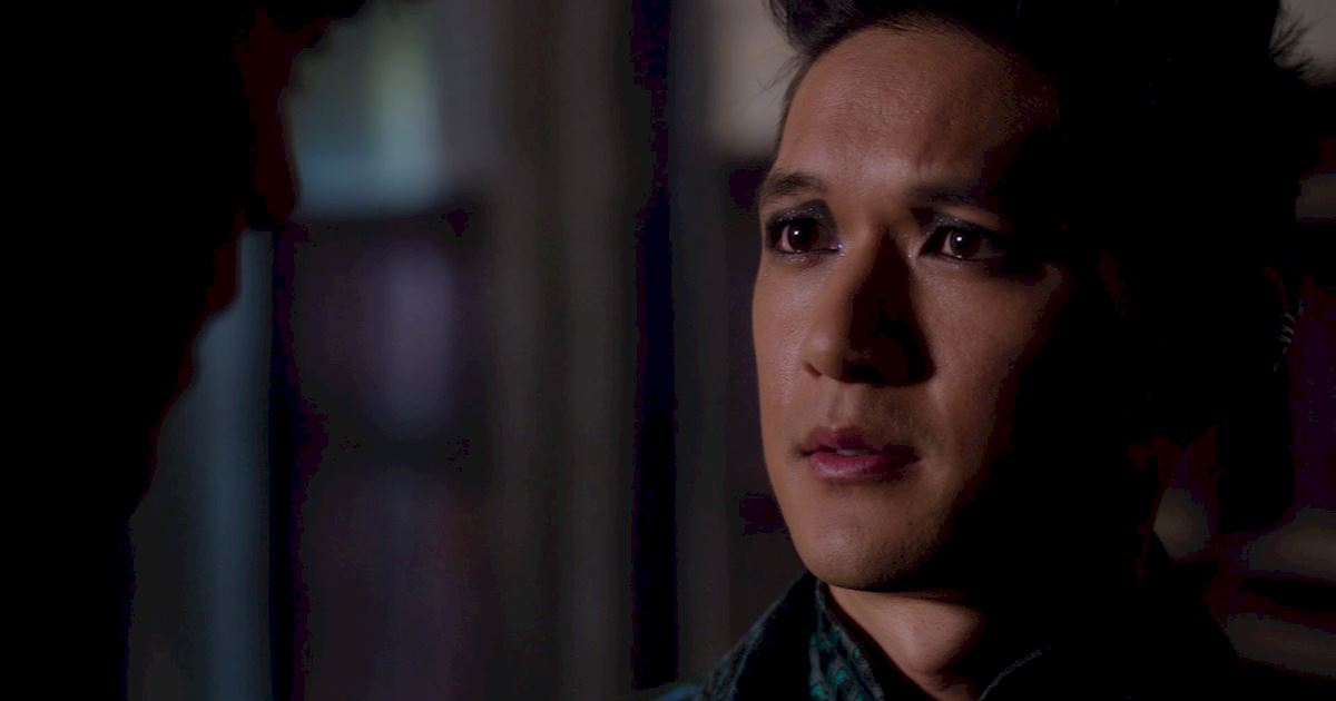 Shadowhunters - Episode 9: 30 Magical Moments You Might Have Missed! - 1030