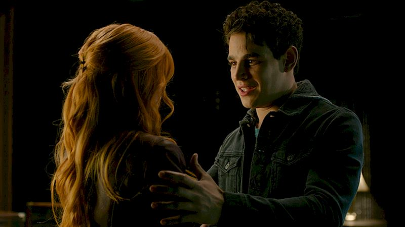 Shadowhunters - We're Totally Obsessed With This Song From Episode 9! - Thumb