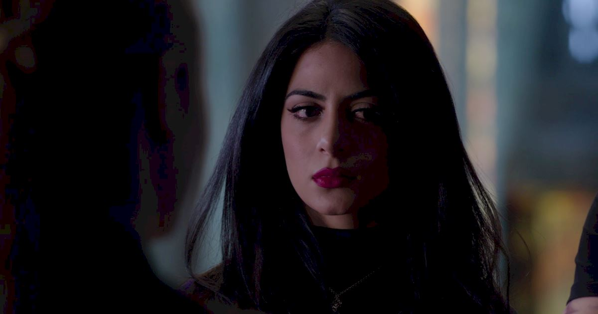 Shadowhunters - Episode 9: 30 Magical Moments You Might Have Missed! - 1018