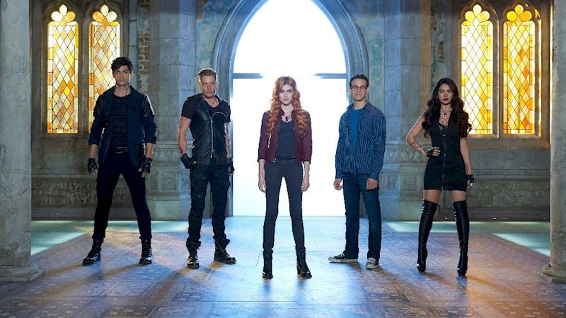 Shadowhunters - [QUIZ] How Closely Did You Watch Episode One? - Thumb