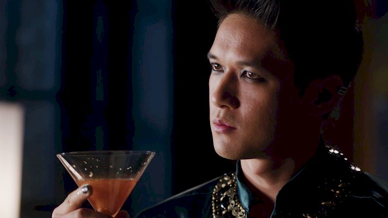 Shadowhunters - [GIFs] 10 Classic Moments In Every Shadowhunters Episode - Thumb