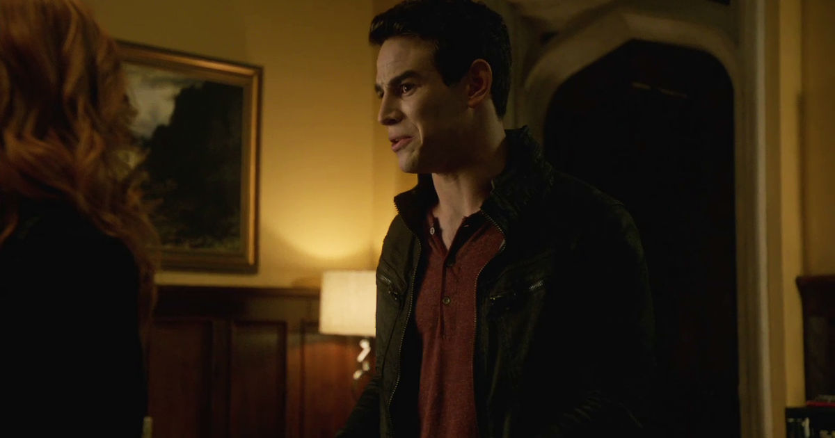 Shadowhunters - 9 Awesome Things You Might Have Missed In Episode 202 - 1004