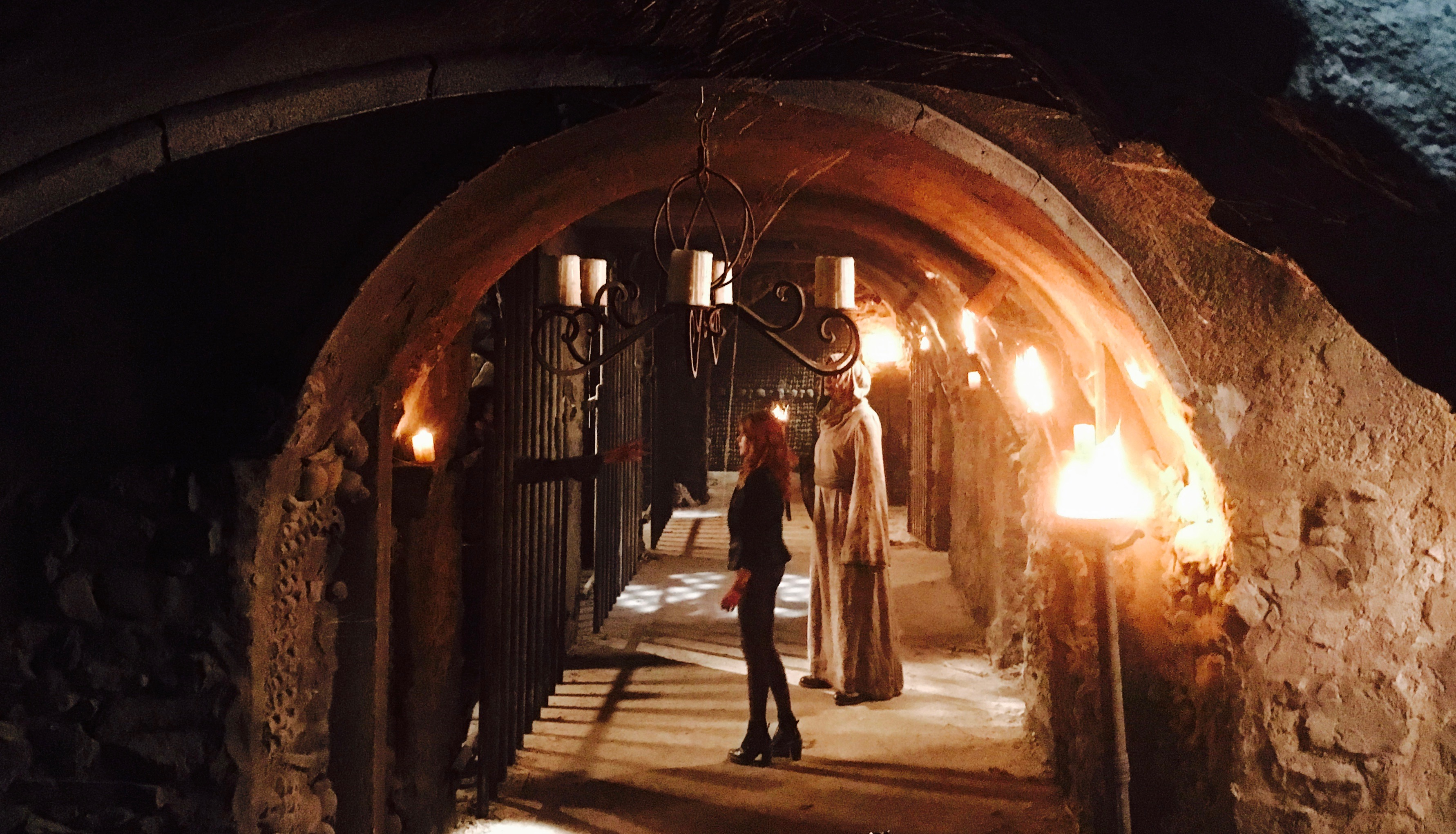 Shadowhunters - Watch Special BTS Footage Of Matt And Emeraude's Spectacular Fight Scene! - 1006